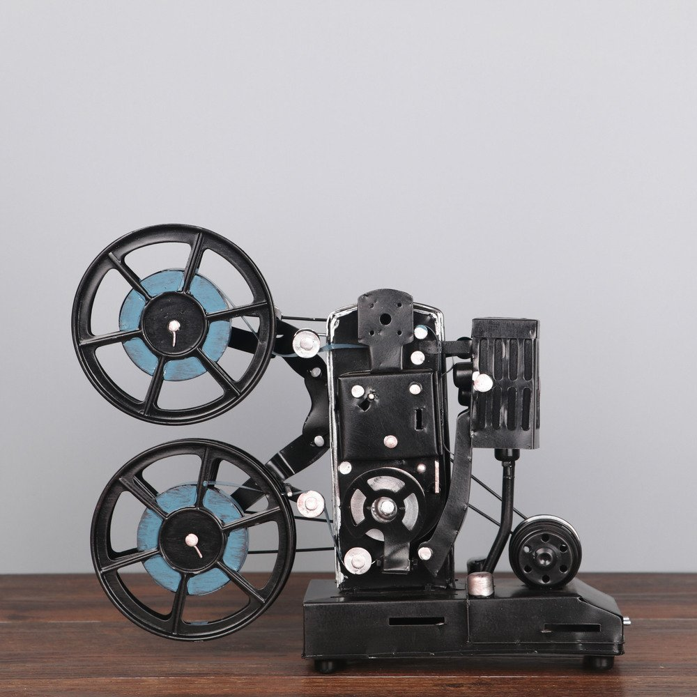 1 PCS Vintage tin old movie projector model photography props American country living room tabletop crafts LU716107 (Color : Blue)