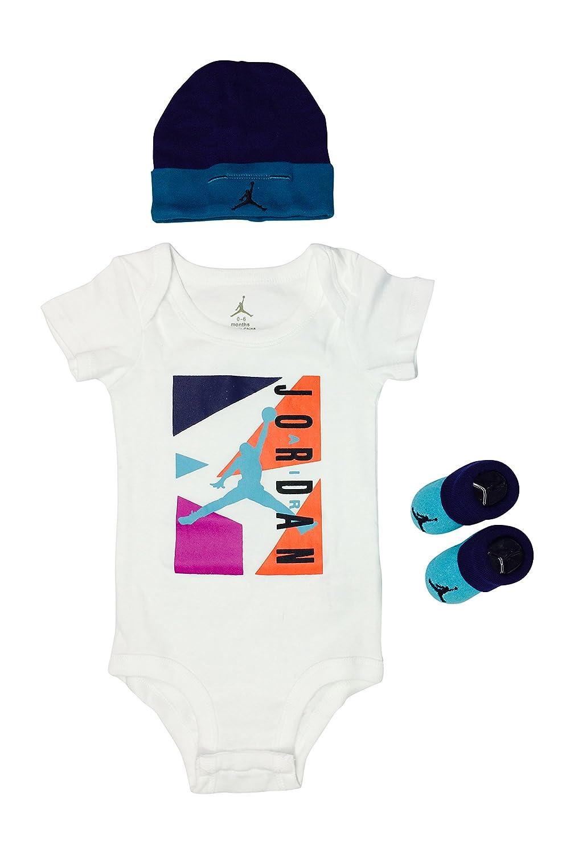 d159fbf5fdc1 Amazon.com   Nike Air Jordan Baby Clothes 3-piece Set