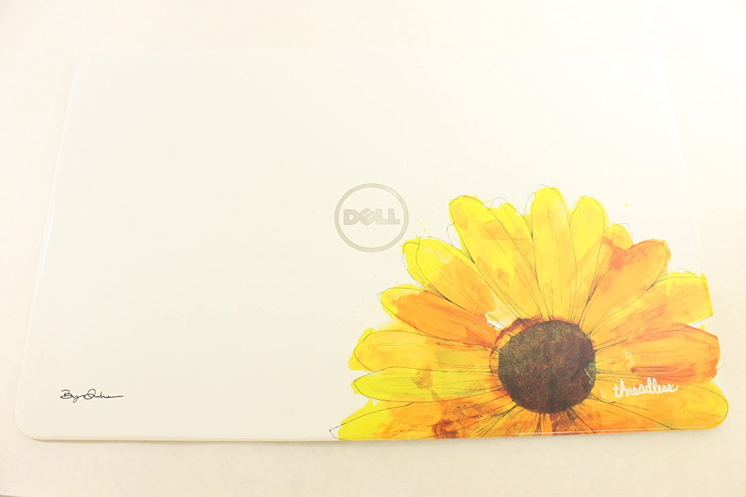 Dell LED RMC4K White Daisy LCD Back Cover Inspiron N7110 Top Lid