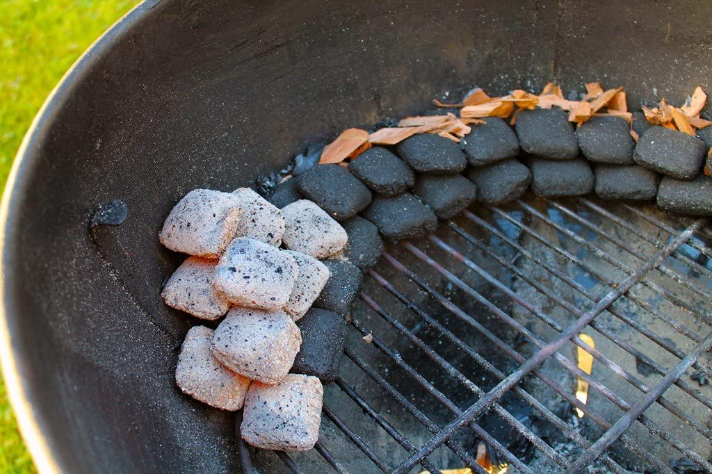 Eiche Kirsche und Haselnuss Premium Blend BBQ Holz Chips von Pro Smoke 12 Liter