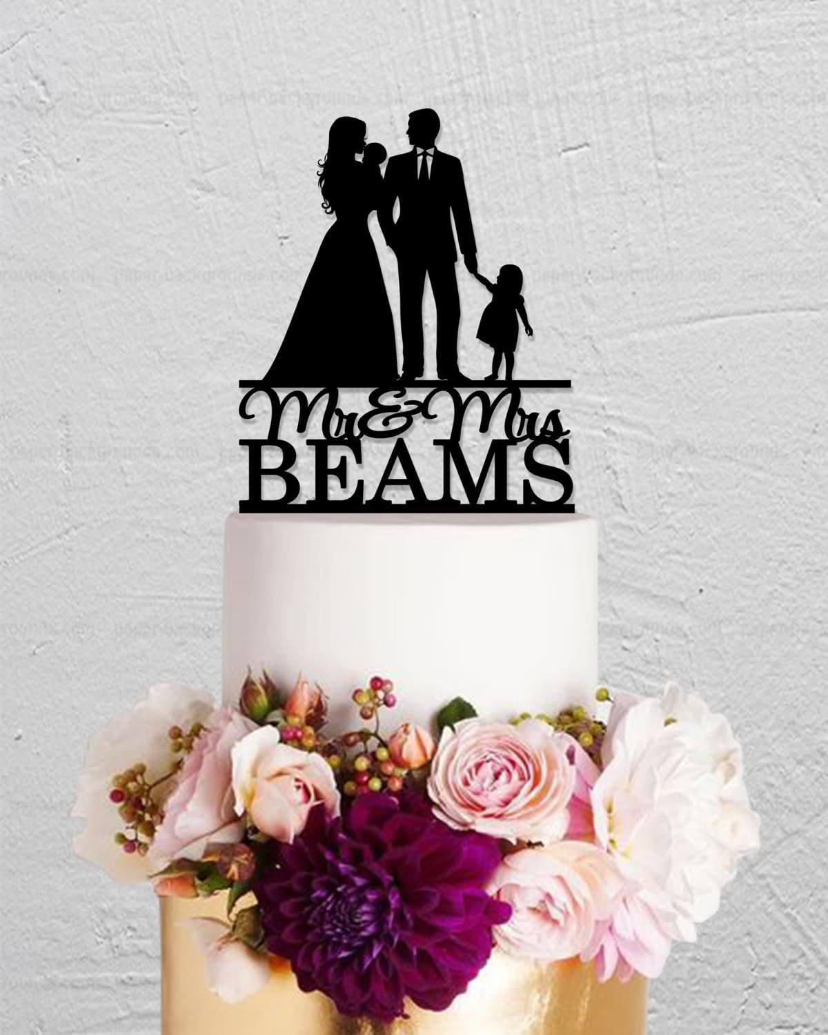 Wedding Cake Topper Family With Two Children Custom Bride And Groom Mr And Mrs Funny Wedding Cake Topper Bride And Groom Present For Wedding Decortions Rustic Bridal Shower Gifts Amazon Co Uk Kitchen