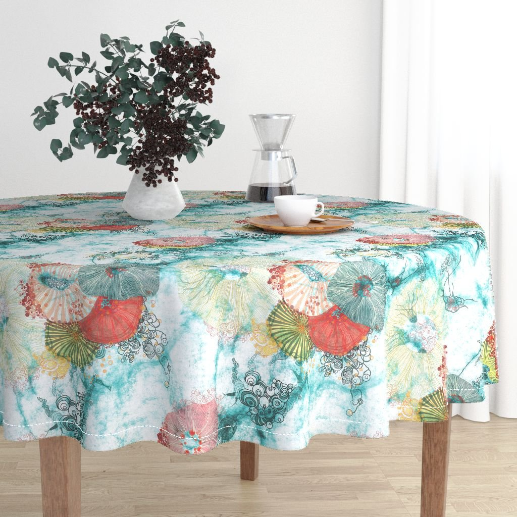 Table cloth with design by MimiPinto