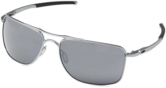 10ae7a13bd Amazon.com  Oakley Men s Gauge 8 L Sunglasses