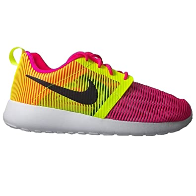 93c9374fdb7f8 Nike Roshe ONE Flight Weight (GS) Hyper Pink Black-Volt-White