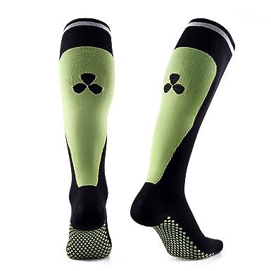 07096774d98f Samson Hosiery ® Compression Sports Socks For Football Rugby Fitness  Running Sport Gym Men Women Unisex  Amazon.co.uk  Clothing
