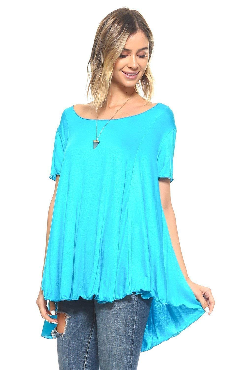 fce9dfb468e Breeze through your day in this top featuring a hi-low hem for a modern  twist on a classic.