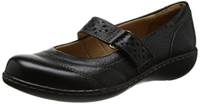 Clarks Womens Casual Clarks Embrace Lux Leather Shoes In Black Standard Fit  Size 9