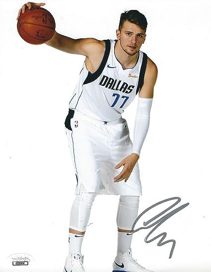 8ed8bdc3fbde Autographed Luka Doncic Dallas Mavericks Basketball 8x10 Photo JSA ...