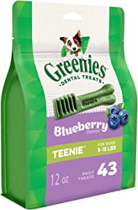 GREENIES Large Natural Dog Dental Care Chews Oral Health Dog Treats Blueberry Flavor, 12 oz. Pack (8 Treats)