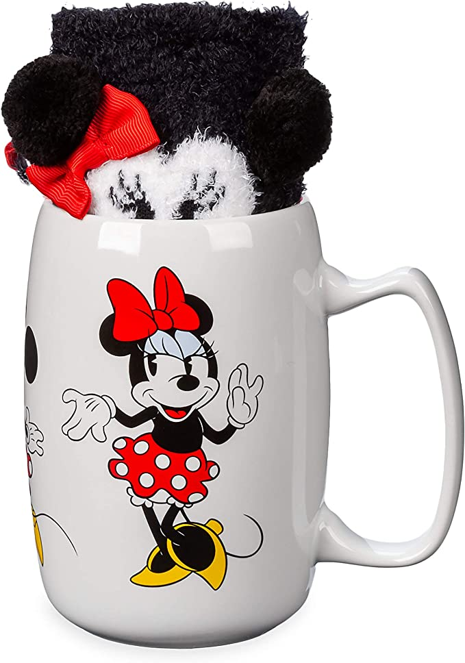 22 Disney Gifts for Mom featured by top US Disney blogger, Marcie and the Mouse: https://images-na.ssl-images-amazon.com/images/I/712i-73hNNL._AC_SX679_.jpg