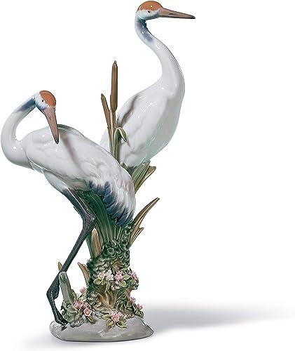 LLADR Courting Cranes Sculpture. Porcelain Crane Bird.
