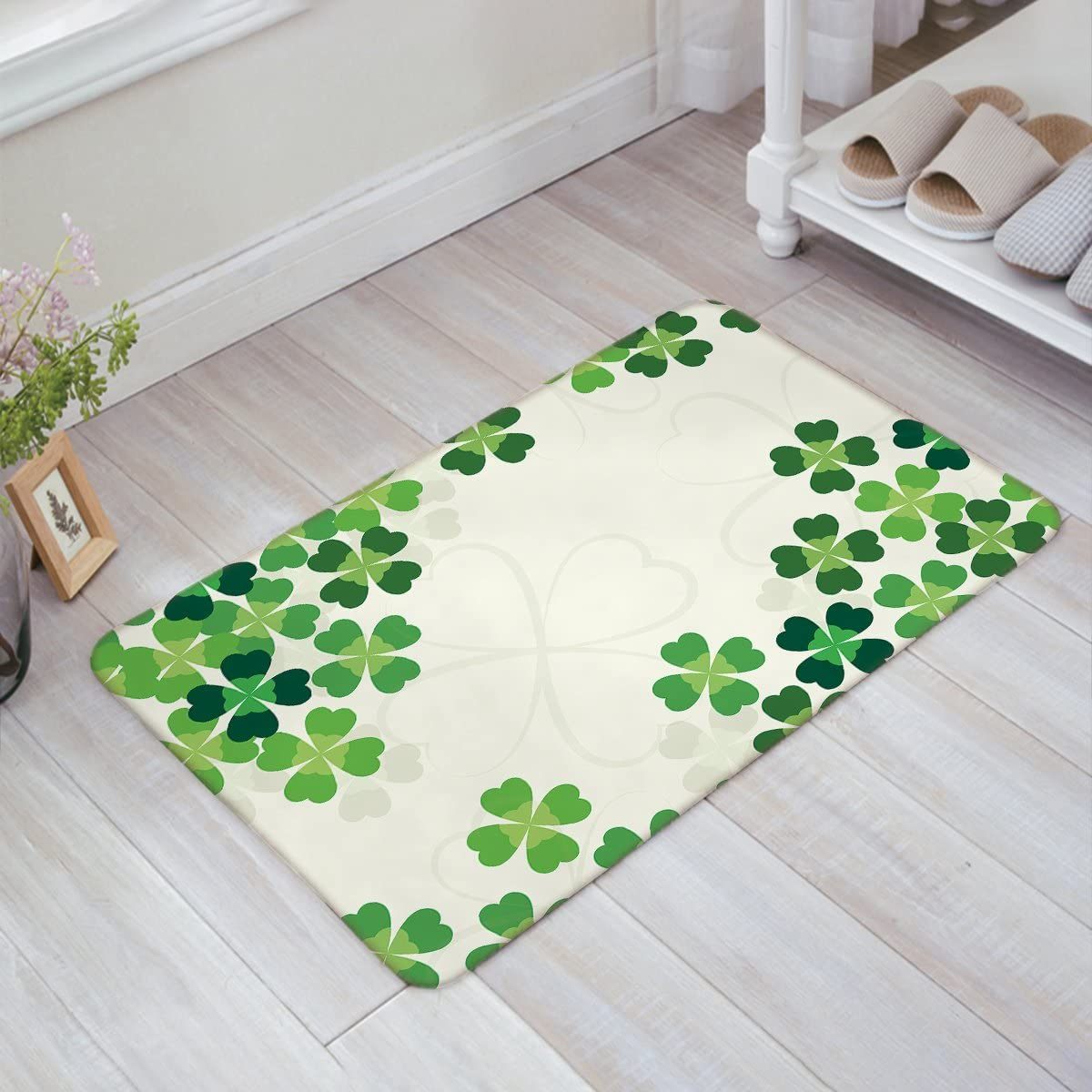 YEHO Art Gallery St. Patrick s Day Decorative Doormat Custom Machine-Washable Door Mat Clover Pattern Indoor Outdoor Decor Rug Doormat 18 L x 30 W
