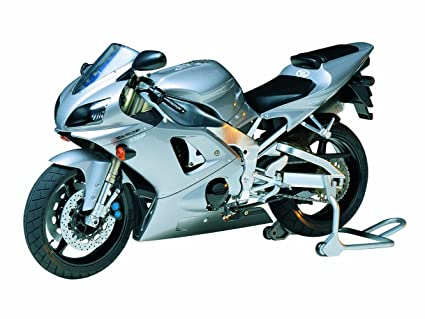 Amazon.com: Tamiya Bike Kit 1: 12 14074 Yamaha YZF-R1 Taira ...