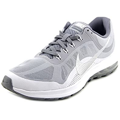 amazon com nike women s air max dynasty 2 running shoe road
