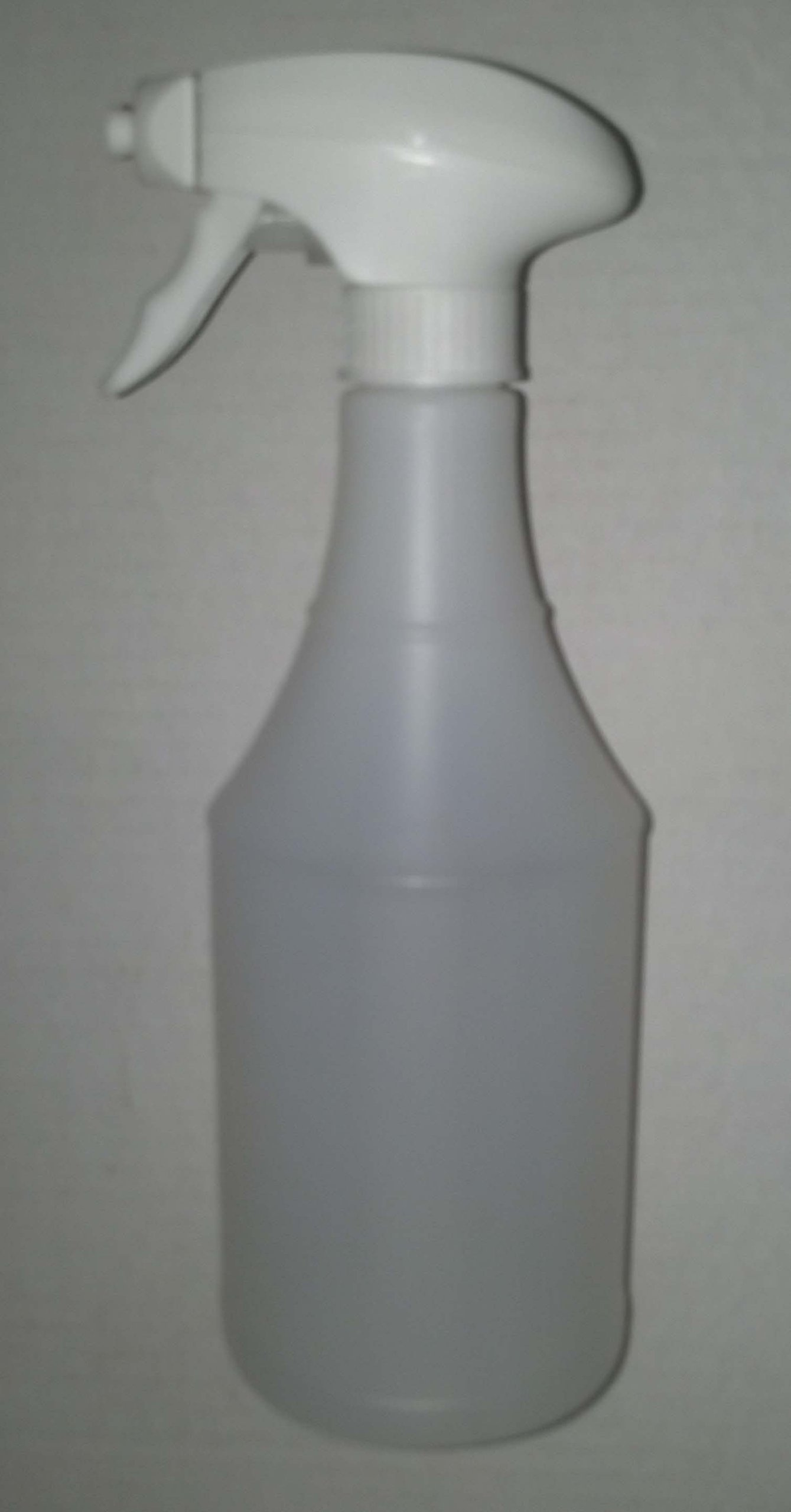 24 fl oz. Plastic Crafte Style Trigger Spray Bottle. Includes Foaming, Low Profile, Trigger Spray Head. Packaged 126 per box.