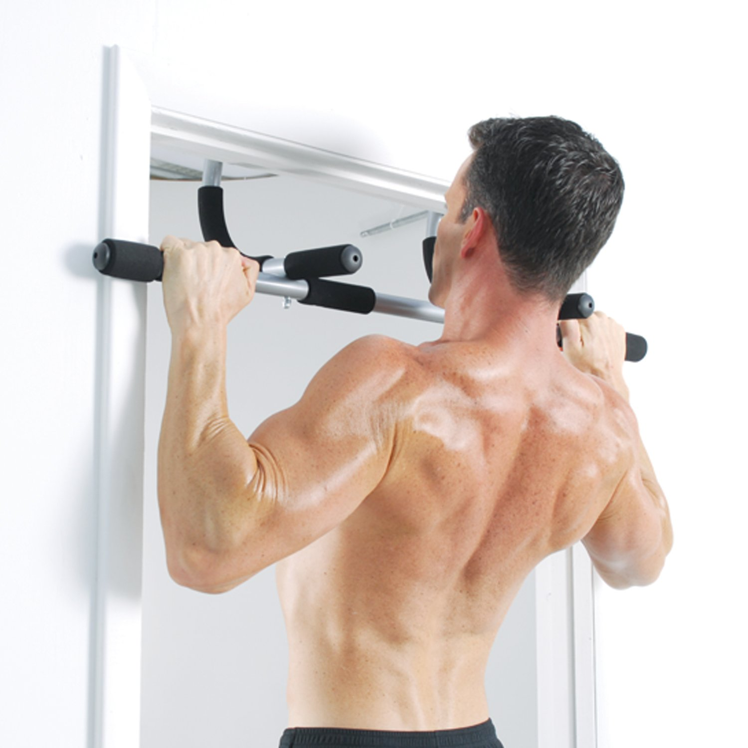 amazoncom iron gym total upper body workout bar pull up bars sports outdoors