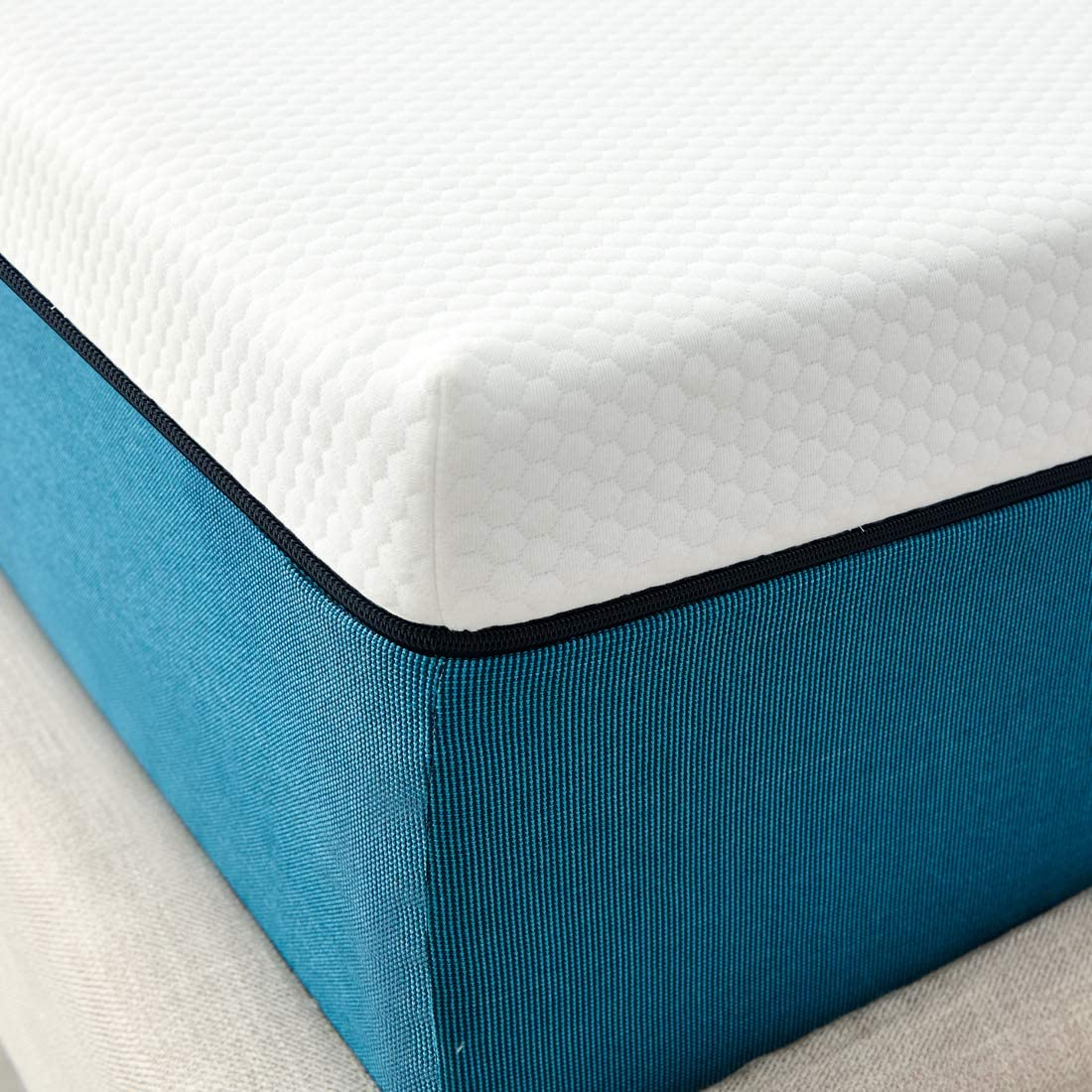 Iyee Nature 8 inch Cooling Gel Memory Foam Mattress in a Box Twin Mattress Foam Bed Mattress with CertiPUR-US Certified Medium Firm Foam Mattress for Sleep Supportive /& Pressure Relief