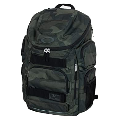 5891a77bb0 Oakley Sport 2018 Enduro 30L 2.0 Backpack Rucksack Bag - Core Camo