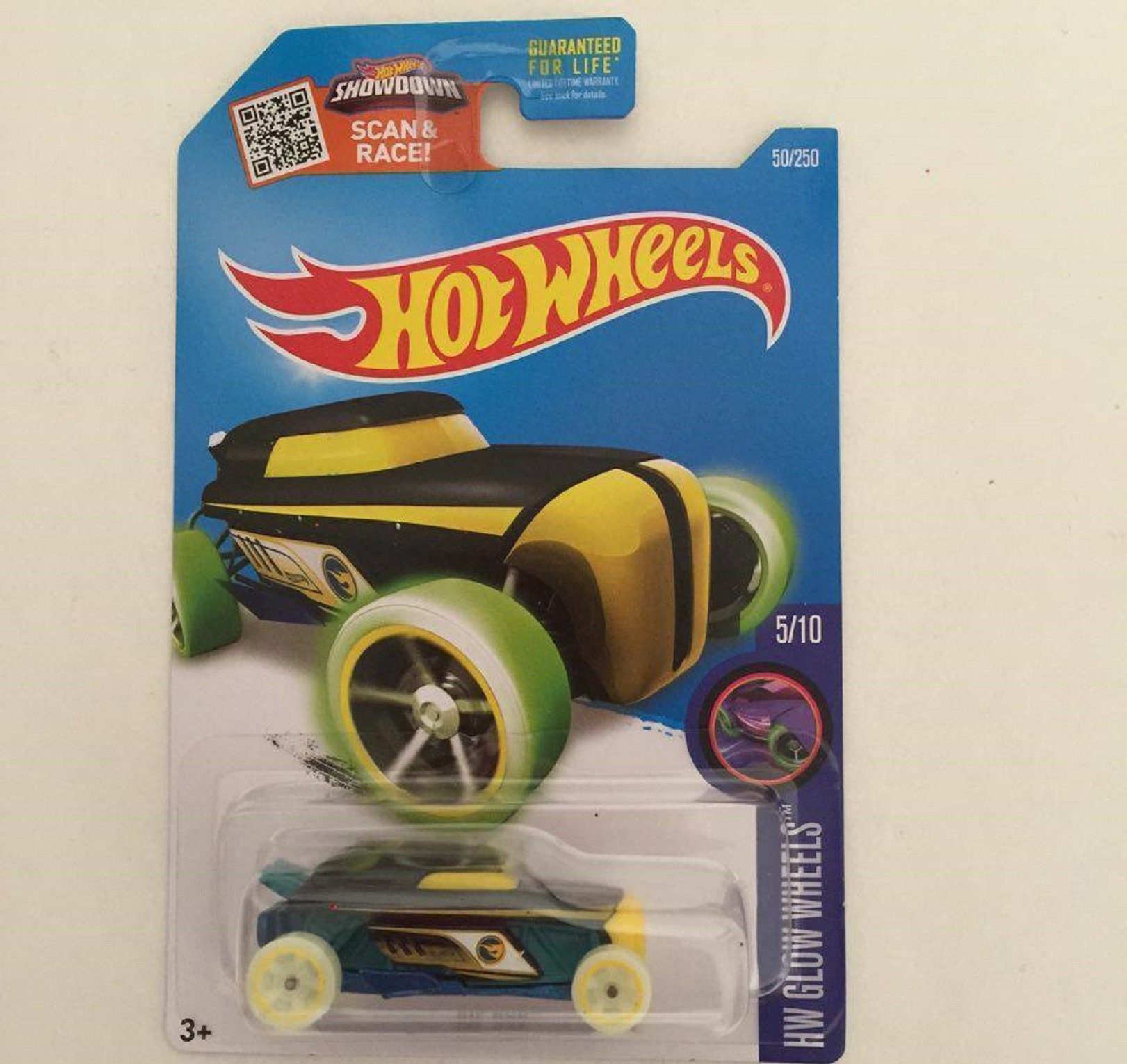 Hot Wheels 2016 HW Glow Wheels Rip Rod 50/250 (Treasure Hunt)