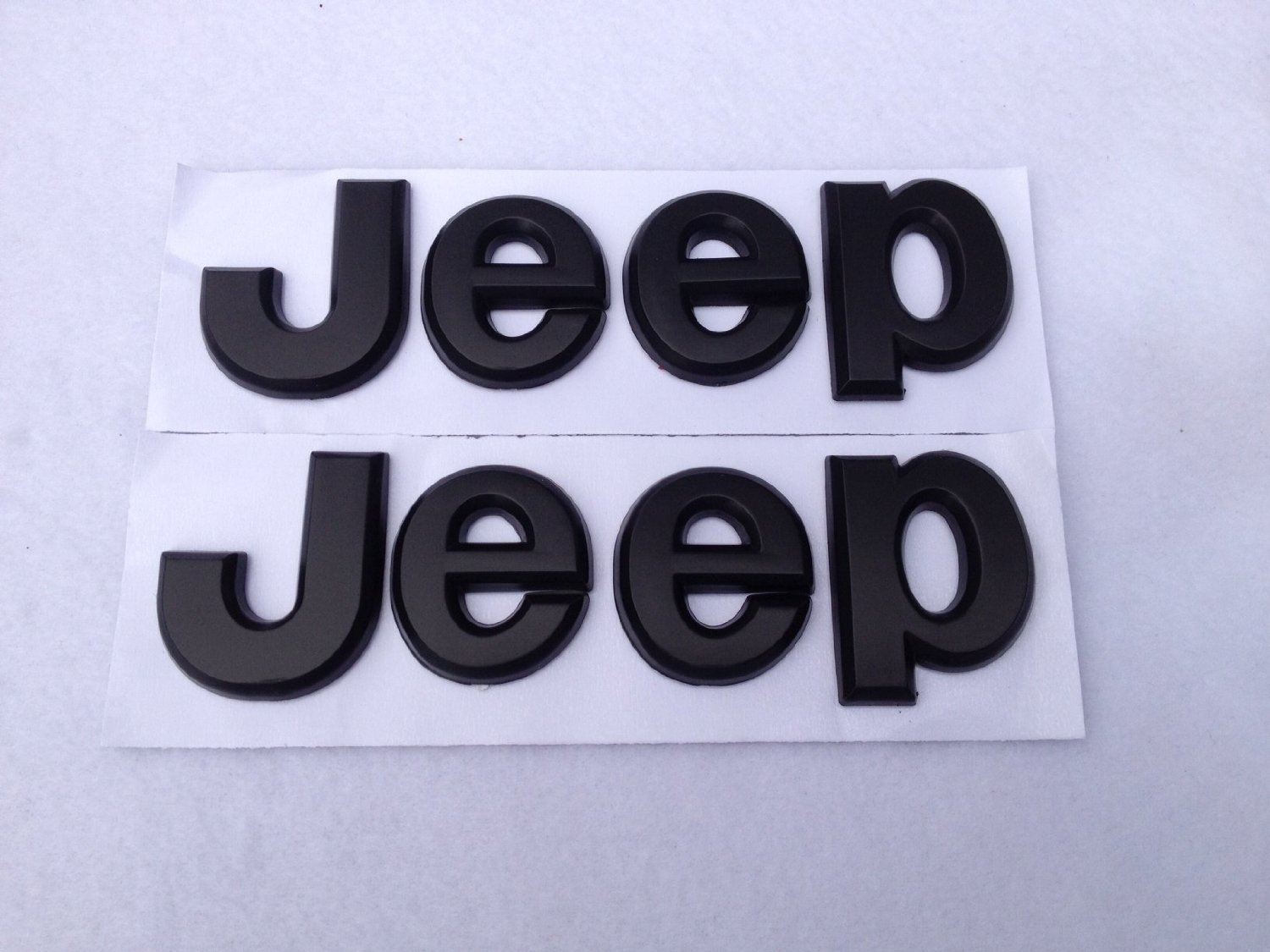 Amazon.com: 2PCS× Flat Matte Black JEEP Emblem Logo Stickers ...