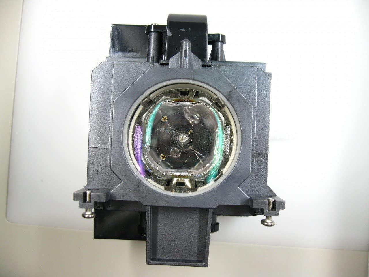 Diamond Lamp for SANYO PLC-XW4500L Projector with a Ushio bulb inside housing