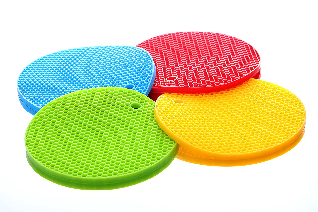 Mini Skater 4 pcs Silicone Trivet Mat for Pots and Pans Dishes Round Large Multi Use Flexible Heat Resistant Thick Rubber Hot Pot Holder Set Insulation for Table(4 pcs- Blue, Red, Green, Yellow)
