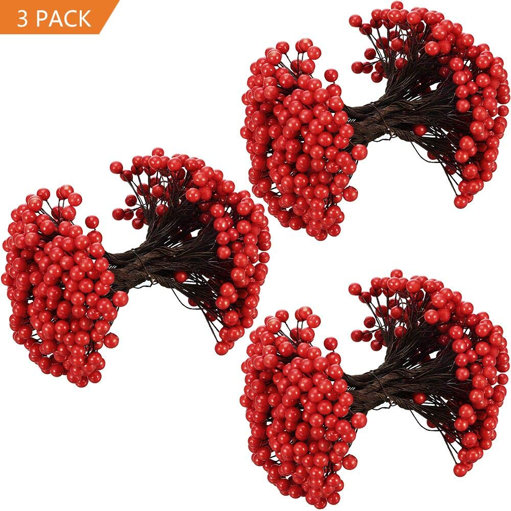 Woooow 250 Strains 500 Red Berries Artificial Red Berry Stems for Christmas Tree Decorations,Holly Berry Picks Stems for Christmas Decorations, Crafts,Wreath,Garland, Holiday Home Decor,3 Pack