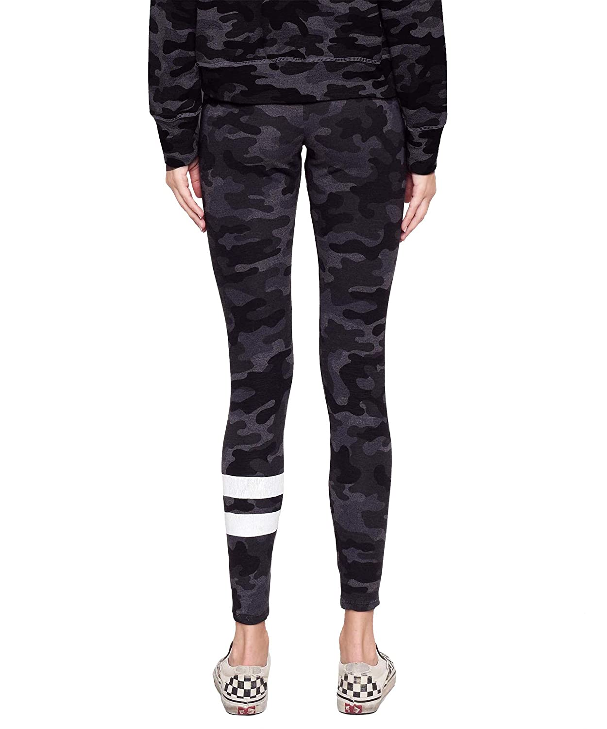 7bf4d09641b81 Amazon.com: SUNDRY Clothing Women's Stripe Camo Yoga Pant, Charcoal  (Small): Clothing