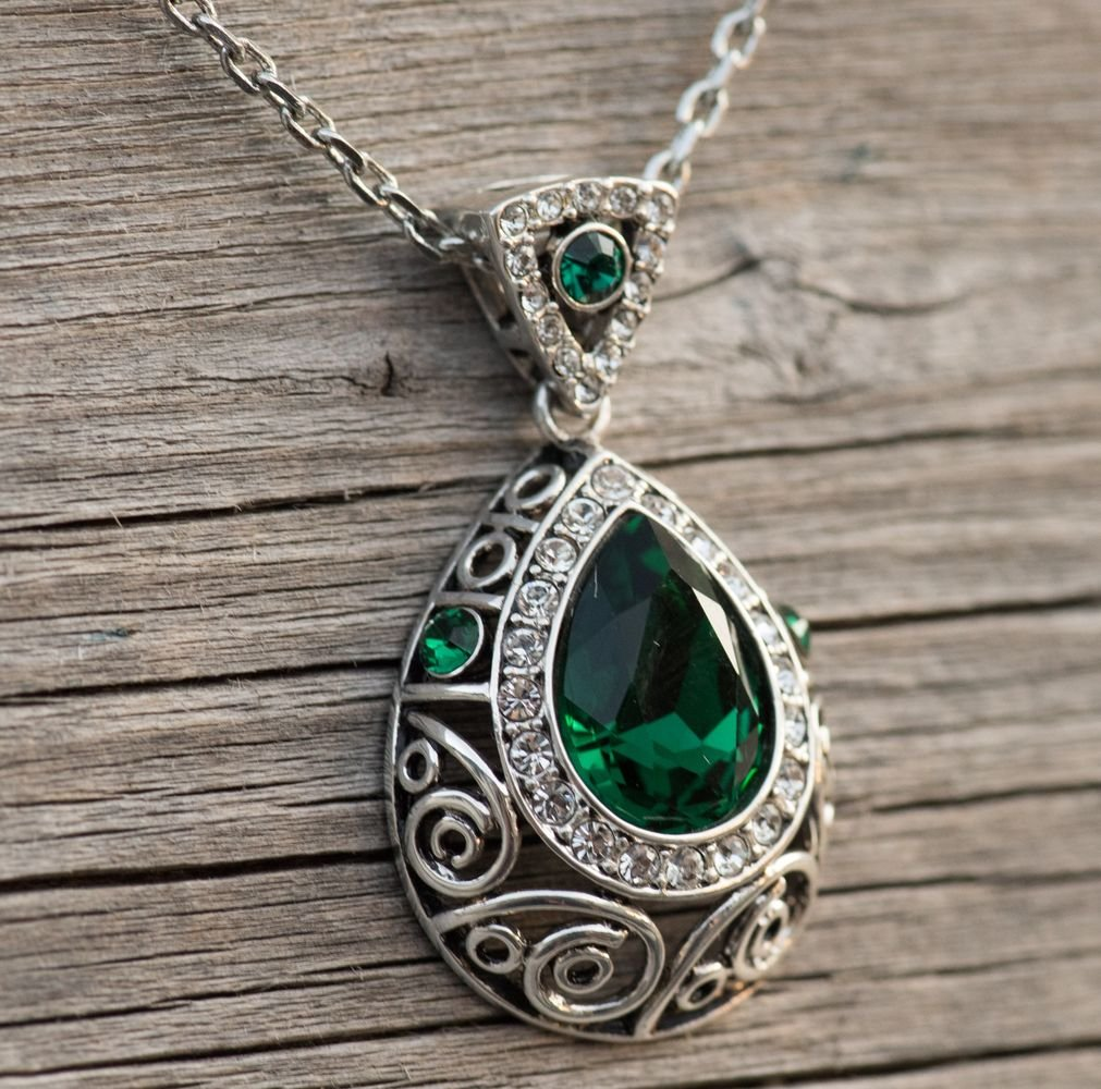 Leafael [Presented by Miss New York] Silver-tone Teardrop Filigree Vintage Style Emerald Green Pendant Necklace Made with Swarovski Crystals Earrings Set, 18'' + 2'', Nickel/Lead/Allergy Box by Leafael (Image #5)