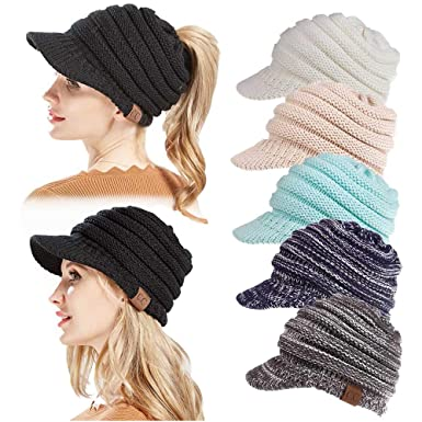 07040ada173 YAMEE Womens Wool Warm Soft Knitting Ponytail Beanie Hat Winter Outdoor  Snow Leisure Messy Bun Beanie Hats (Blue and White)(Size  One Size)   Amazon.co.uk  ...