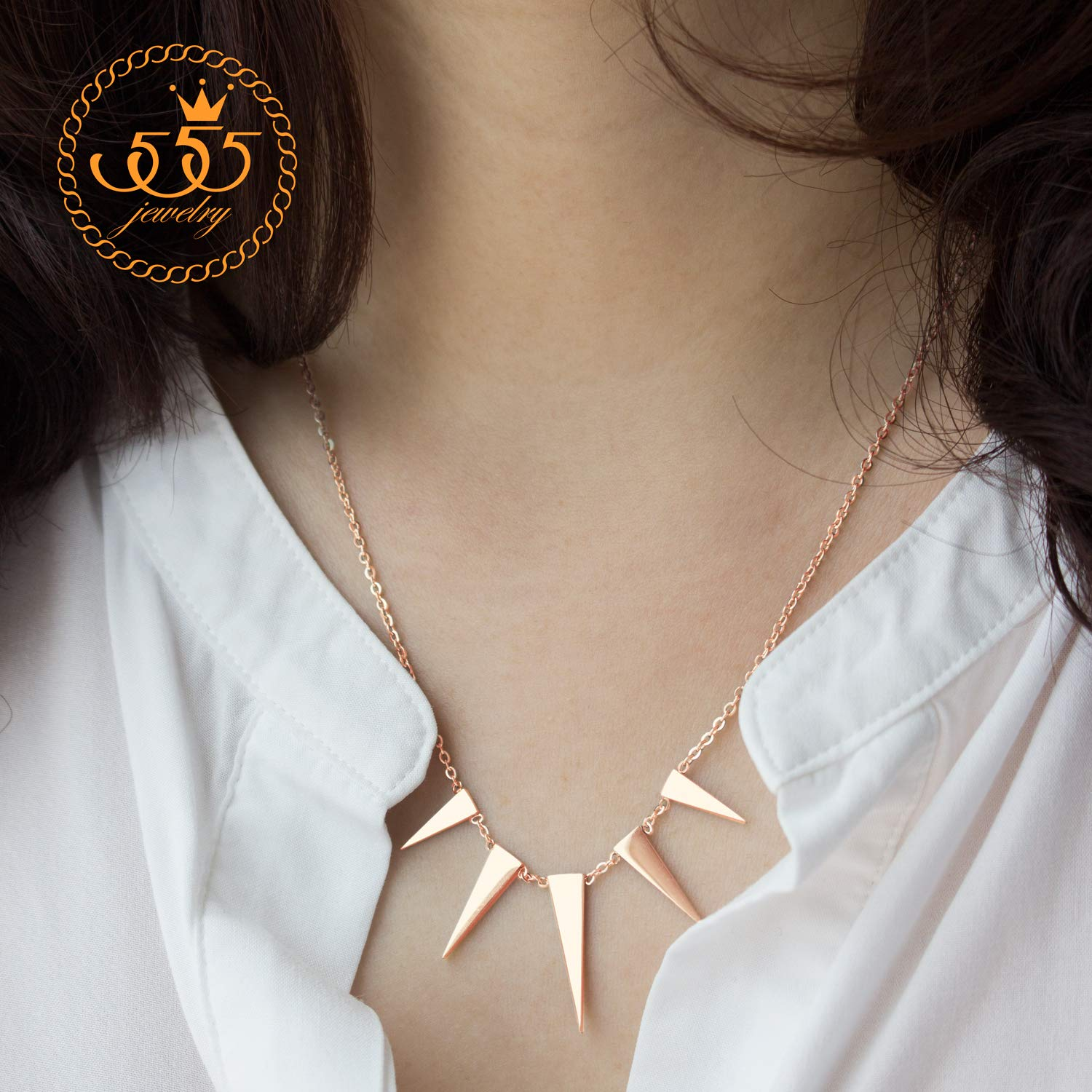 555Jewelry Womens Figaro Chain Stainless Steel Spiky Triangle Pendant Necklace