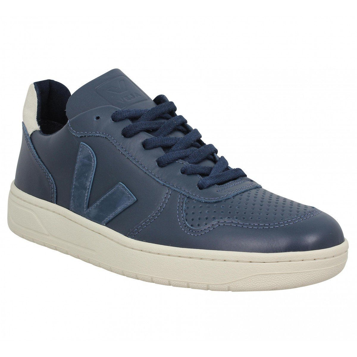 14abc868d8f2 VEJA - Trainers - Men - Navy V10 Leather Sneakers for men - 40   Amazon.co.uk  Shoes   Bags