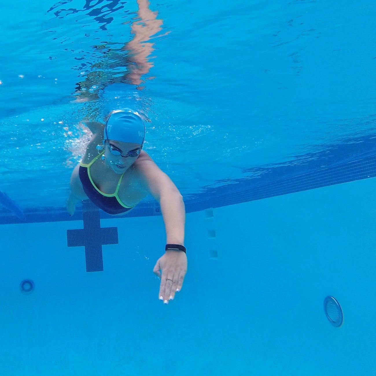 microsoft band swimming
