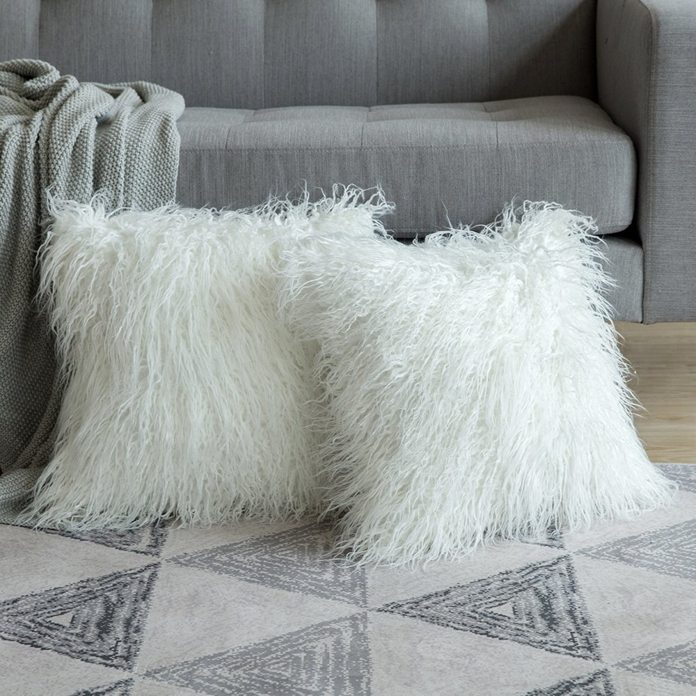 MIULEE Pack of 2 Decorative New Luxury Series Style White Faux Fur Throw Pillow Case Cushion Cover for Sofa Bedroom Car 18 x 18 Inch 45 x 45 cm