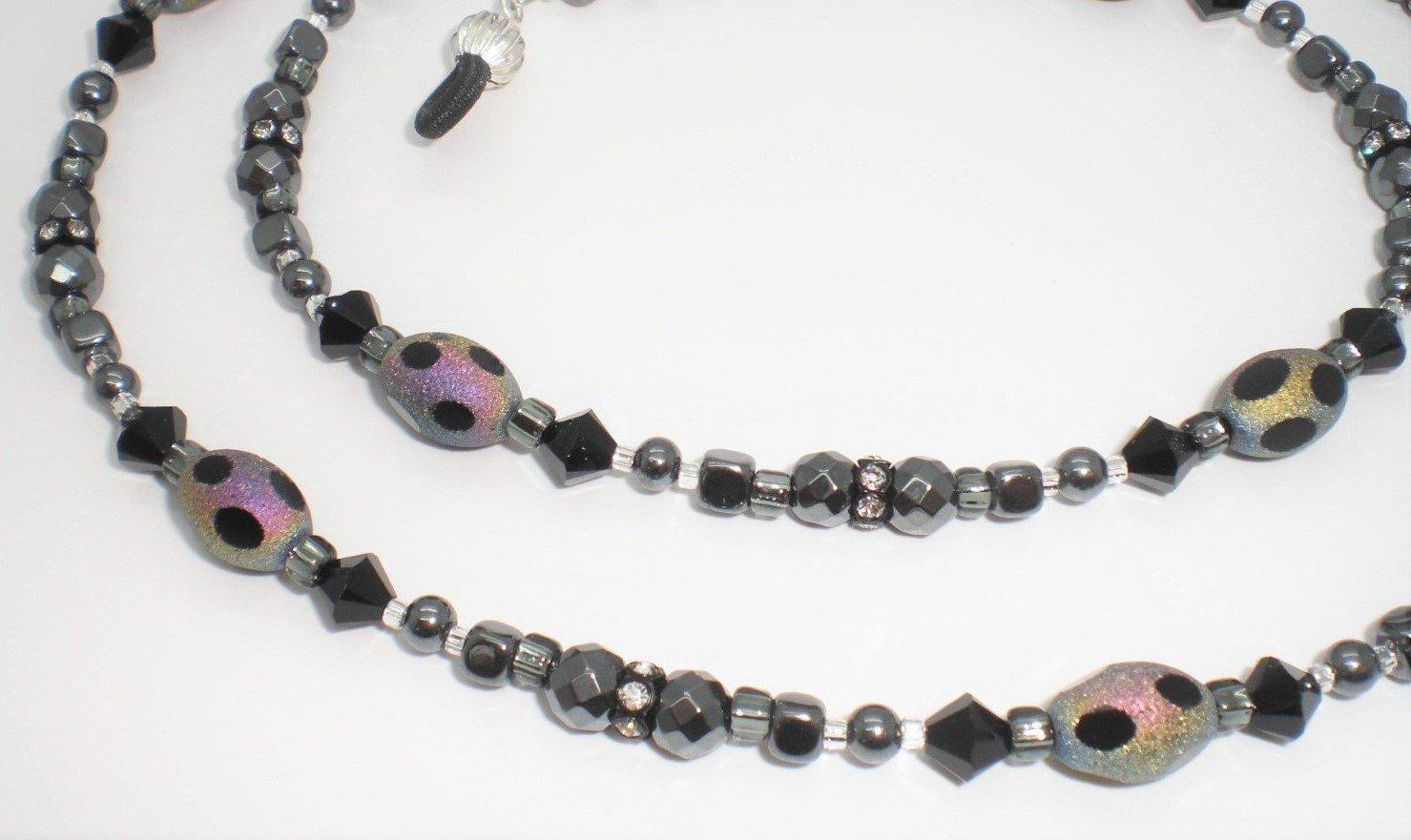 ac1a9078f43d Amazon.com  Jet   Black Austrian Crystals Hematite Beaded Eyeglass Chain   Arts
