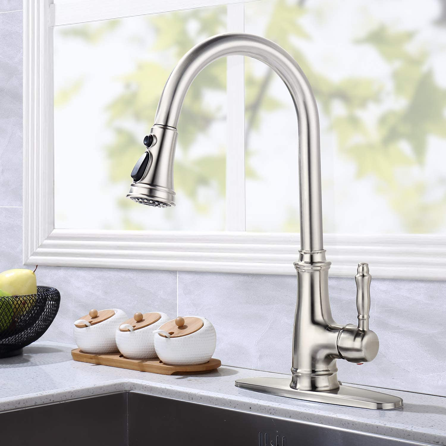 XFHome Lead- Free Single Handle Stainless Steel Brushed Nickel Pull Out Kitchen Faucet, Kitchen Sink Faucet with Deck Plate