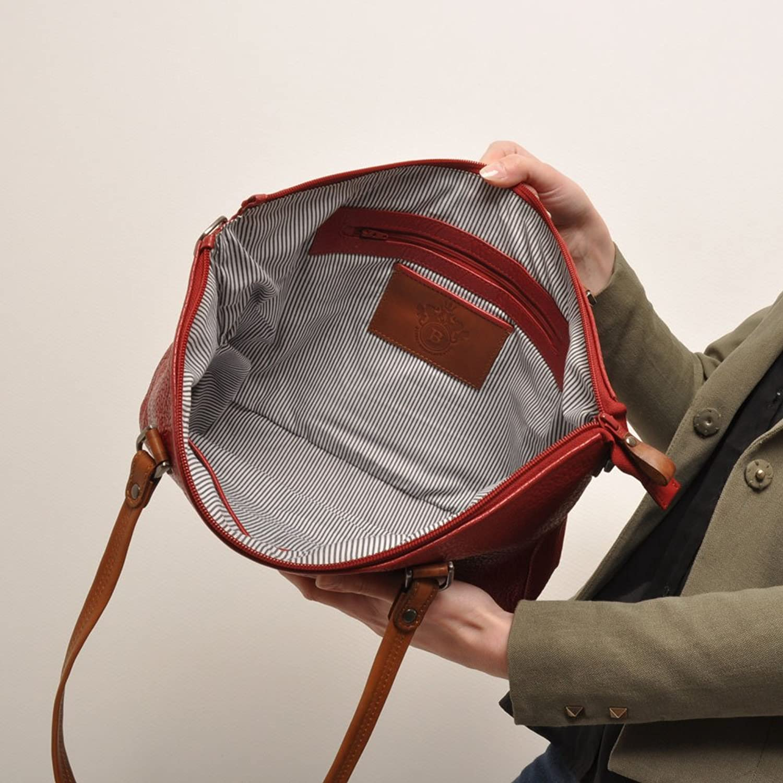 berba Chamonix 103 Shoulder bag in red