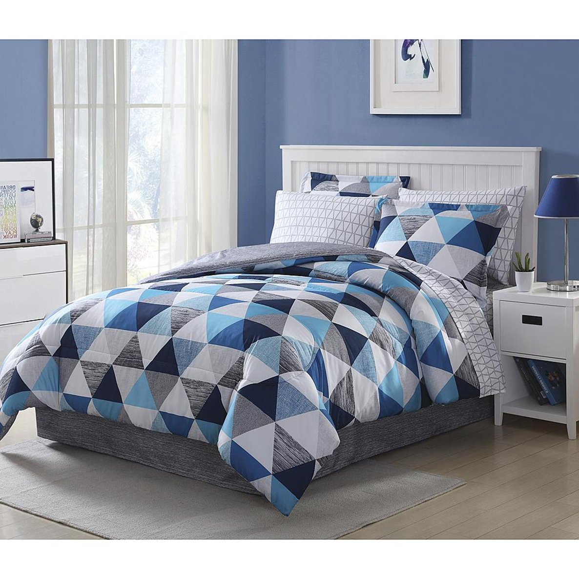 Amazon com blue white gray queen comforter set complete bedding comforter set with bonus free e book home kitchen