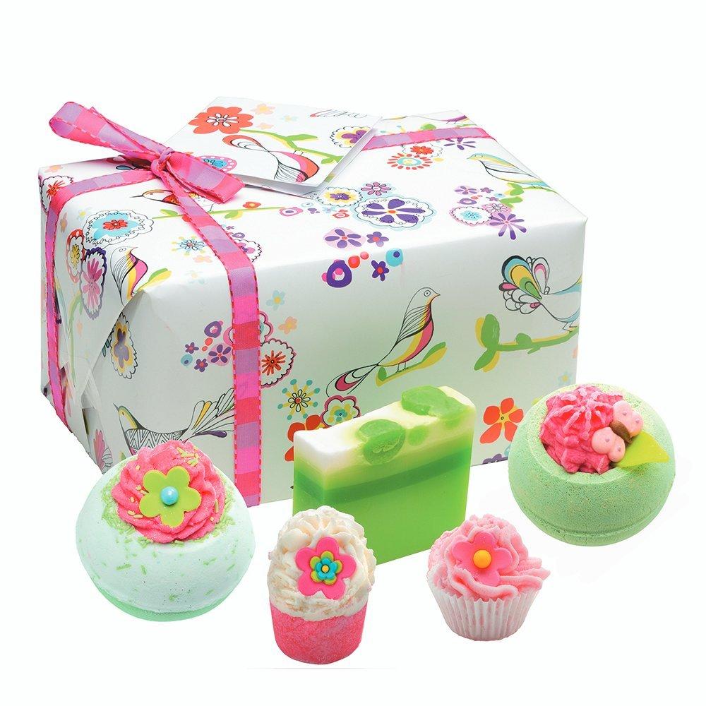 Bomb Cosmetics Three Little Birds Handmade Gift Pack GTHRLIT04