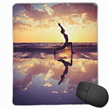 BBLUEEI Mouse Mat Stitched Edges, Woman Practicing Yoga On ...