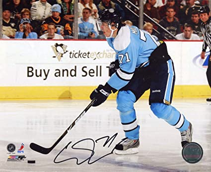 Evgeni Malkin Autographed 8x10 Photo at Amazon s Sports Collectibles ... 695b4be55