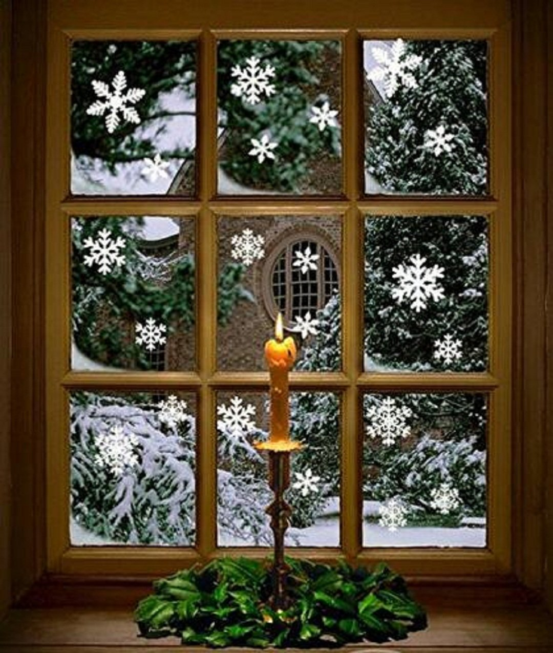 Wendin 81 pcs White Snowflakes Window Clings Decal Stickers Christmas Winter Wonderland Decorations Ornaments Party Supplies