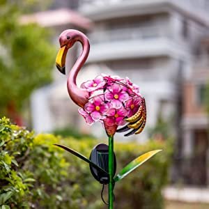 Solar Garden Lights - Waterproof Outdoor Metal Flamingo Stake with LED Lights for Garden, Lawn, Patio Flamingo Decor (Pink)