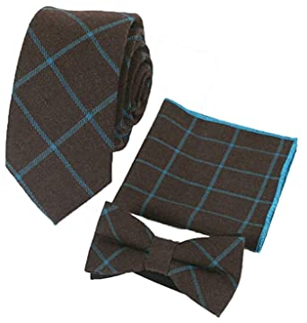 98ee7434f543e Flairs New York Flannel and Tweed Collection Bow Tie & Pocket Square  Matching Set (British