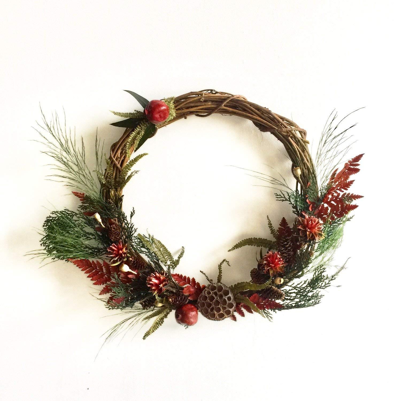 Club Botanic Sweeney Ridge Red Leather Fern Wreath | Winter Wreath | Artificial Wreath | Front Door Wreath | Dry Winter Wreath | Outdoor Wreath | Year Round Wreath