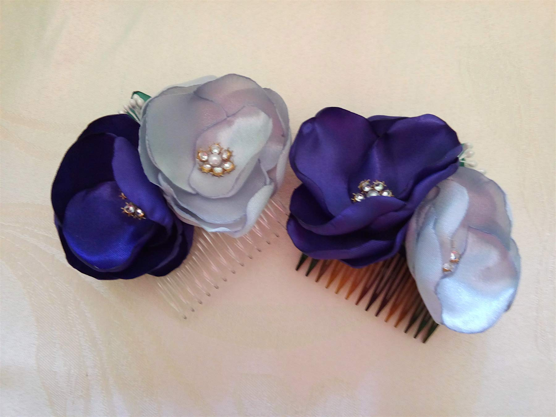 Bridal Hair Comb Purple Silver Gray Wedding hair flowers