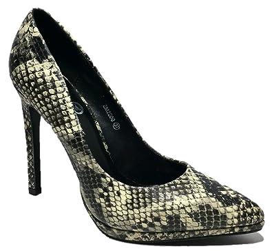 huge discount fb193 d8453 QUEEN HELENA Women's Zm2201 Court Shoes Black-White Size ...