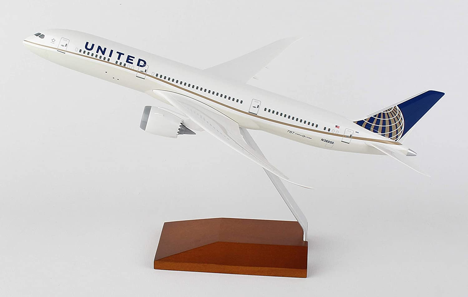 SkyMarks SKR5066 United Boeing 787 9 1 200 Scale with Wood Stand