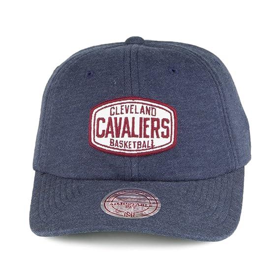 Mitchell   Ness Cleveland Cavaliers Baseball Cap - Racer Slouch - Navy  Adjustable  Amazon.co.uk  Clothing 83d605c56ba8