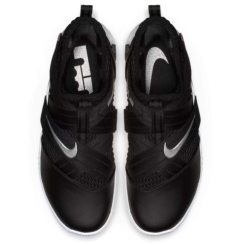 buy popular 05518 42d9d Amazon.com   Nike Men s Lebron Soldier XII Basketball Shoe   Basketball